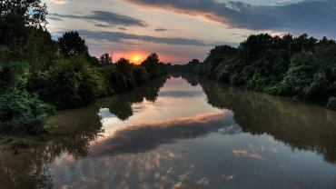 Sunset over River Körös