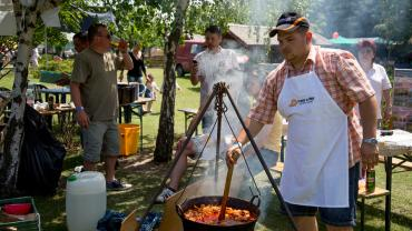 IV Pentecostal Cauldron Cooking Festival and Family Day