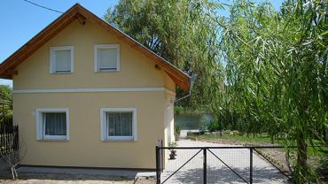 Csobogó Holiday Home